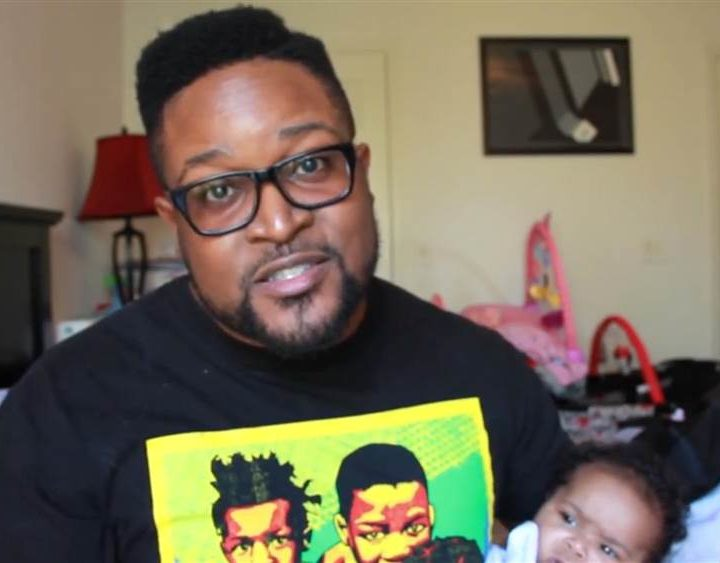Comedian imitates toddler avoiding bedtime in viral video – TODAY