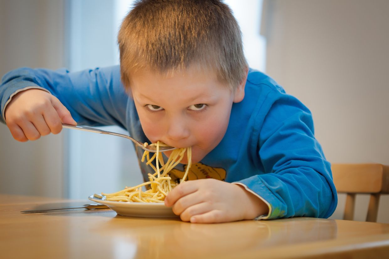 It's important to instil good eating habits in children from young. Photo: Filepic
