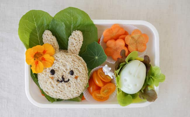 Getting Kids To Eat Healthy: 5 Tips Parents Should Follow